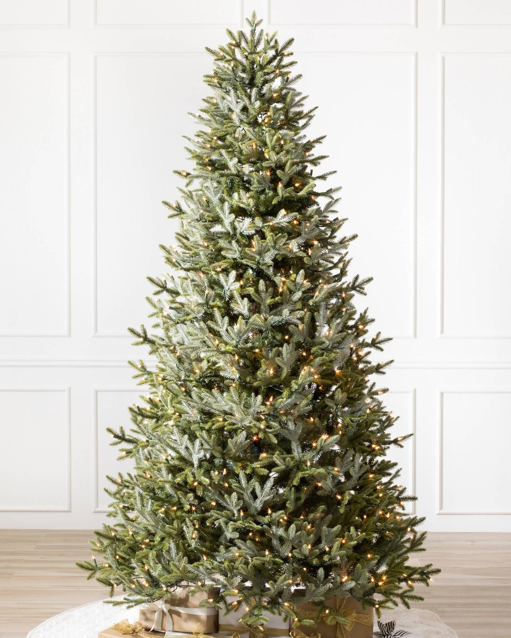 BH Fraser Fir™ Narrow Realistic artificial christmas