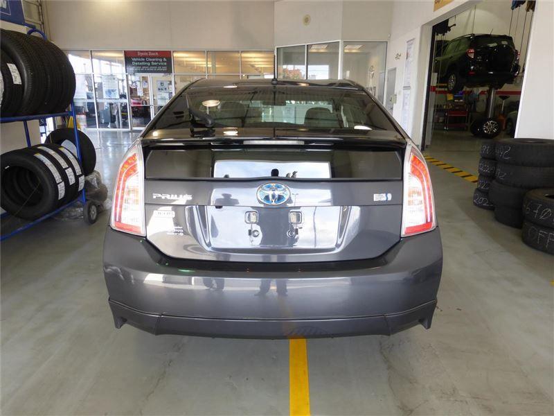 Car 2013 Toyota Prius Plus Tcuv In Nanaimo Bc 23995