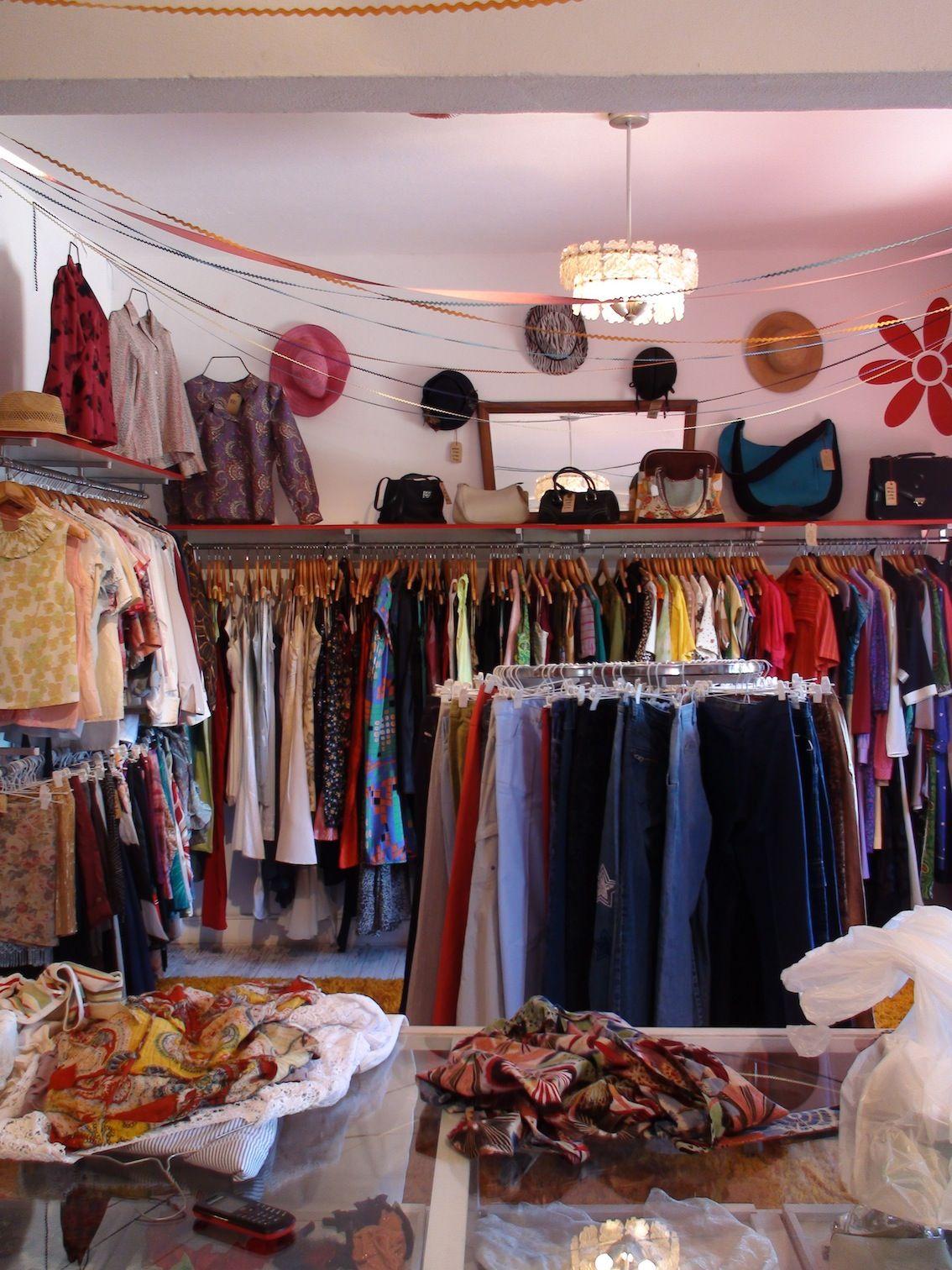 Vintage Store Clothing Store Displays Store Design Clothing Store Design