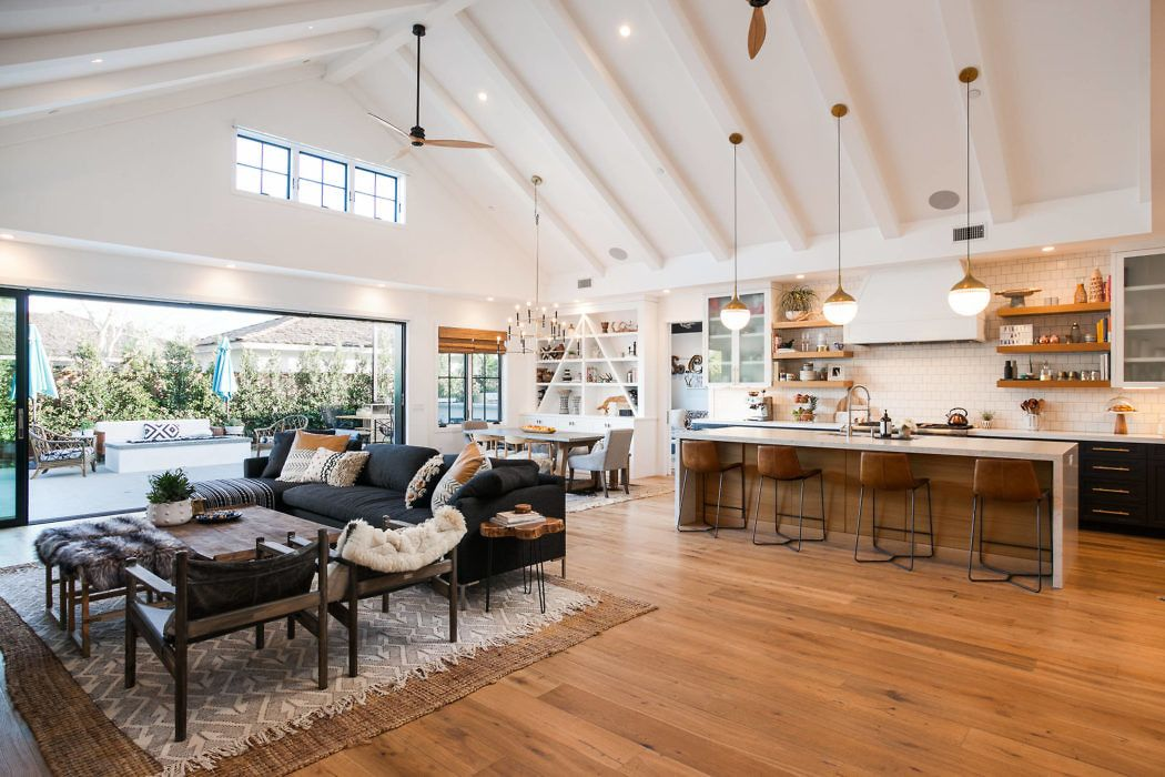 Open Plan Living Space With High Ceiling Gravity Home Home