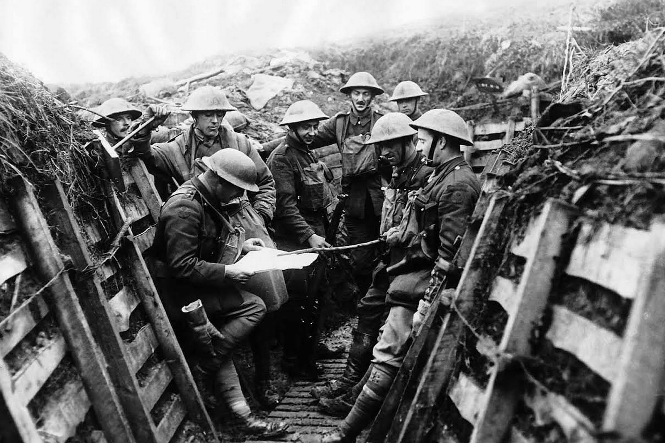 The Trenches Wwi British Army Officer And Men