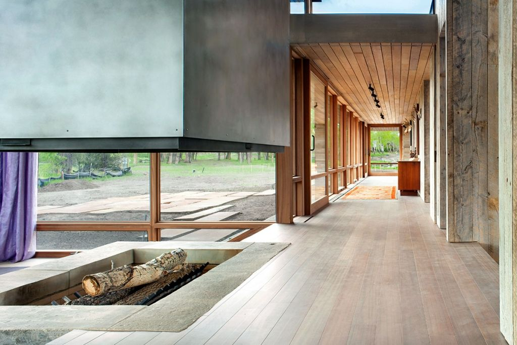 Kaminofen Landhaus spektakulärer kaminofen in großartiger landhaus residenz kaminofen
