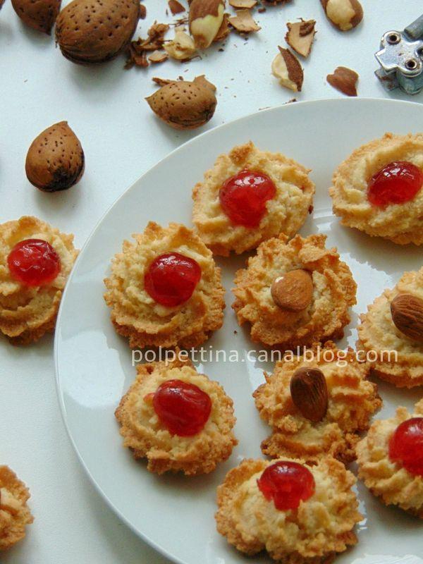 Biscuits moelleux à la pâte d'amande - L'Italie dans ma ...