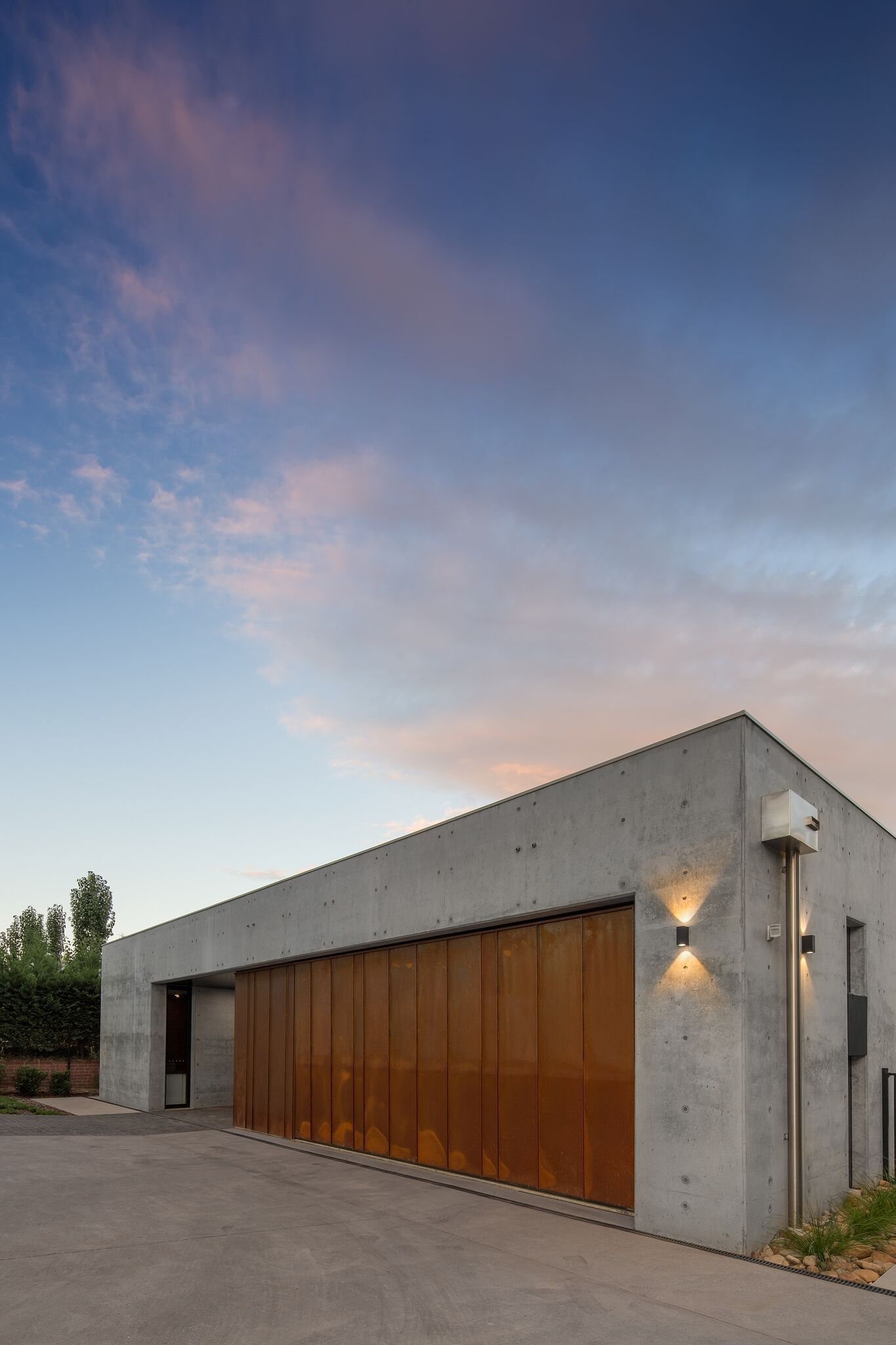 Garage Moderne Corten Garage And Concrete More M A T E R I A L Pinterest