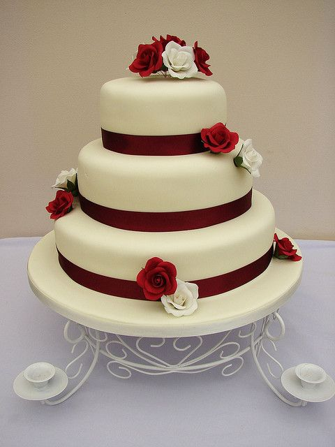Burgundy And Cream Wedding Cakes