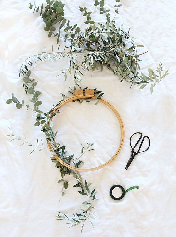 Photo of DIY Eucalyptus Olive & Floral Wreath – A Bubbly Life