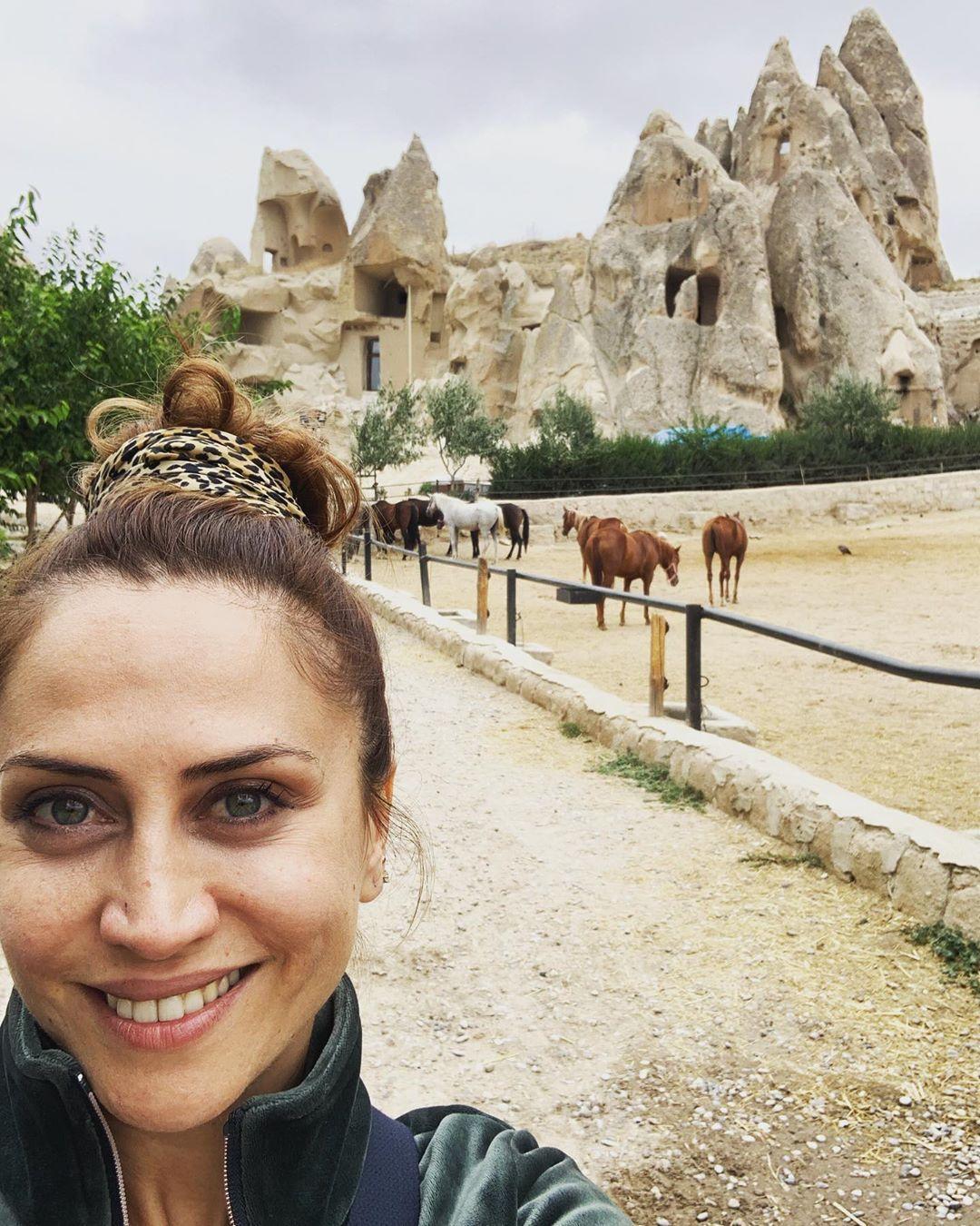 4 106 Me Gusta 30 Comentarios Selen Ozturk Selenistan En Instagram Turkish Actors Actors