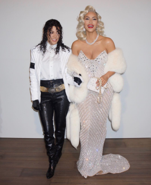 Kylie Jenner Wore Three Over The Top Costumes Yesterday For Halloween And They Re All Iconic Best Celebrity Halloween Costumes Celebrity Costumes Celebrity Halloween Costumes