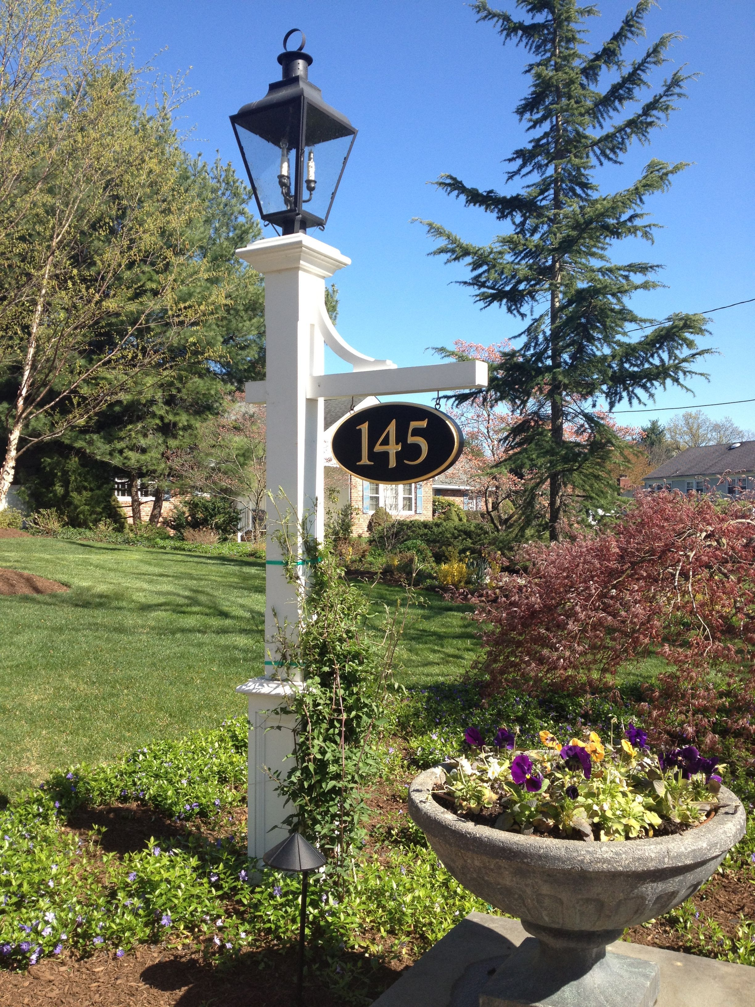 These Low Voltage Lamp Posts Are Welcoming And Charming And Go With Just About A Outdoor Post Lights Outdoor Lamp Posts Garden Lamp Post