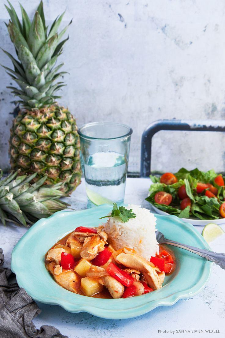 Kyckling I Sotsur Sas Med Paprika Ananas Och Ris Recept
