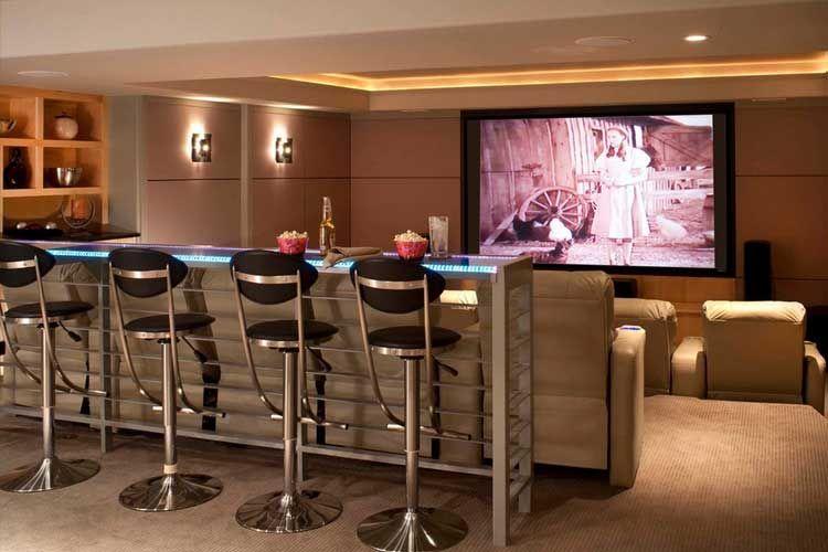 Casas decoradas con una sala de cine cine en casa pinterest sala de cine cine y casas - Sala de cine en casa ...