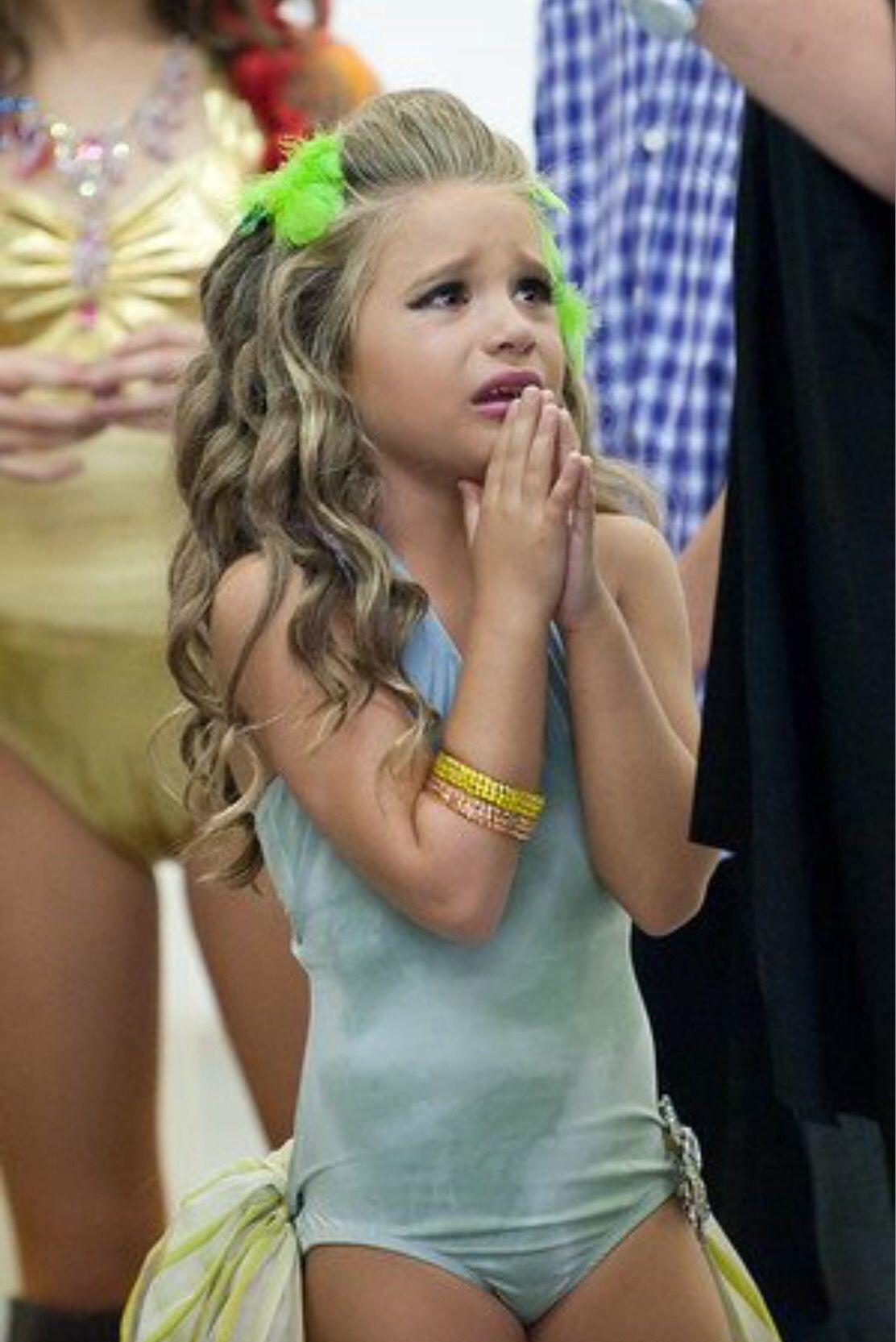 Mackenzie Ziegler Behind The Scenes of LUX's Music Video ...