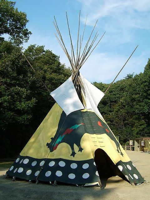 Tipi - American Indian tent by Mr Wabu via Flickr & Tipi - American Indian tent | Tipi American indians and Tents