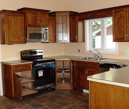Kitchen Designs For U Shaped Layout: Kitchen Sink Design