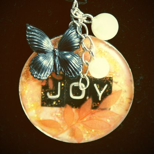 Resin joy pendant diy jewelry ideas pinterest resin resin joy pendant diy aloadofball Gallery