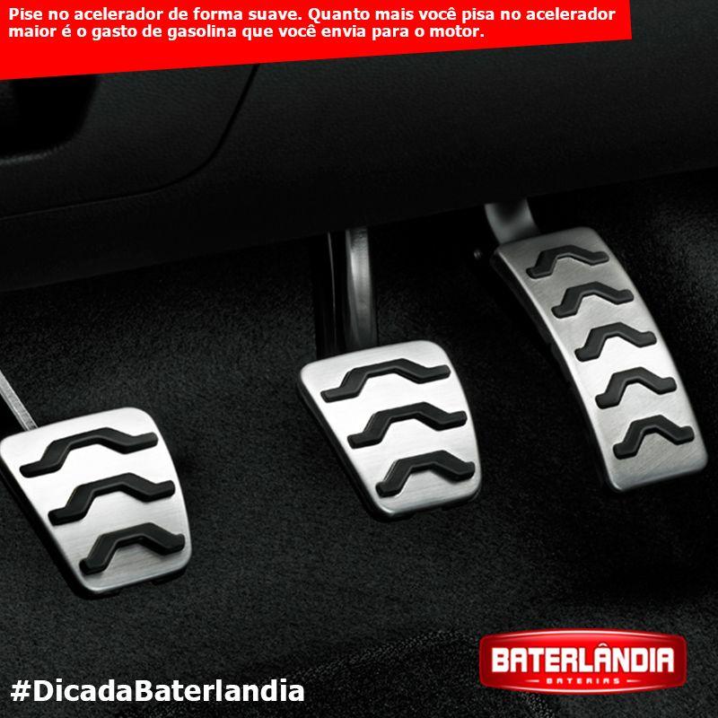 Pise no acelerador de forma suave. Quanto mais você pisa no acelerador maior é a quantidade de gasolina que você envia para o motor. #DicadaBaterlandia