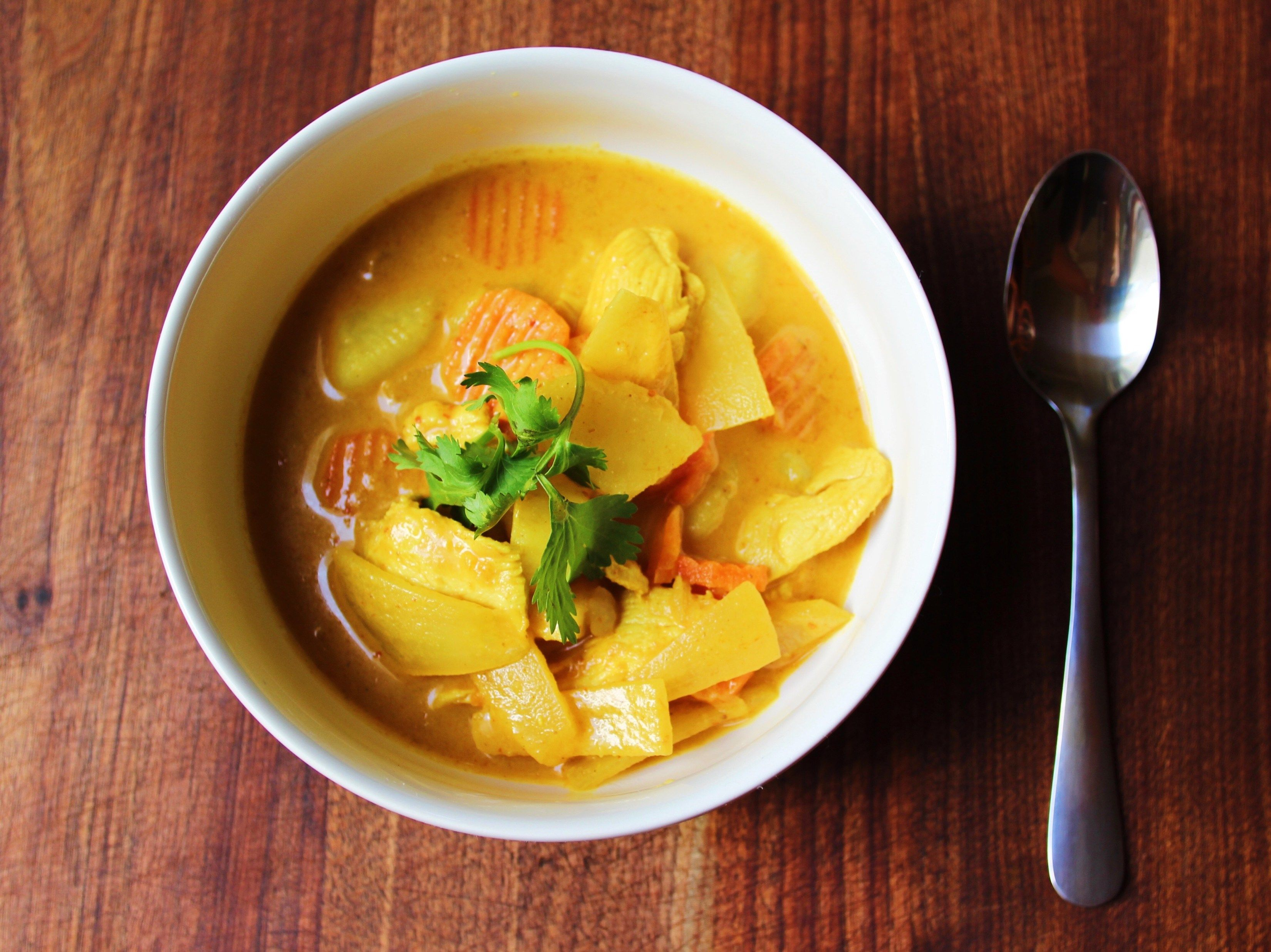 Authentic Thai Yellow Curry With Chicken Recipe Yellow Curry Recipe Thai Yellow Curry Curry Recipes