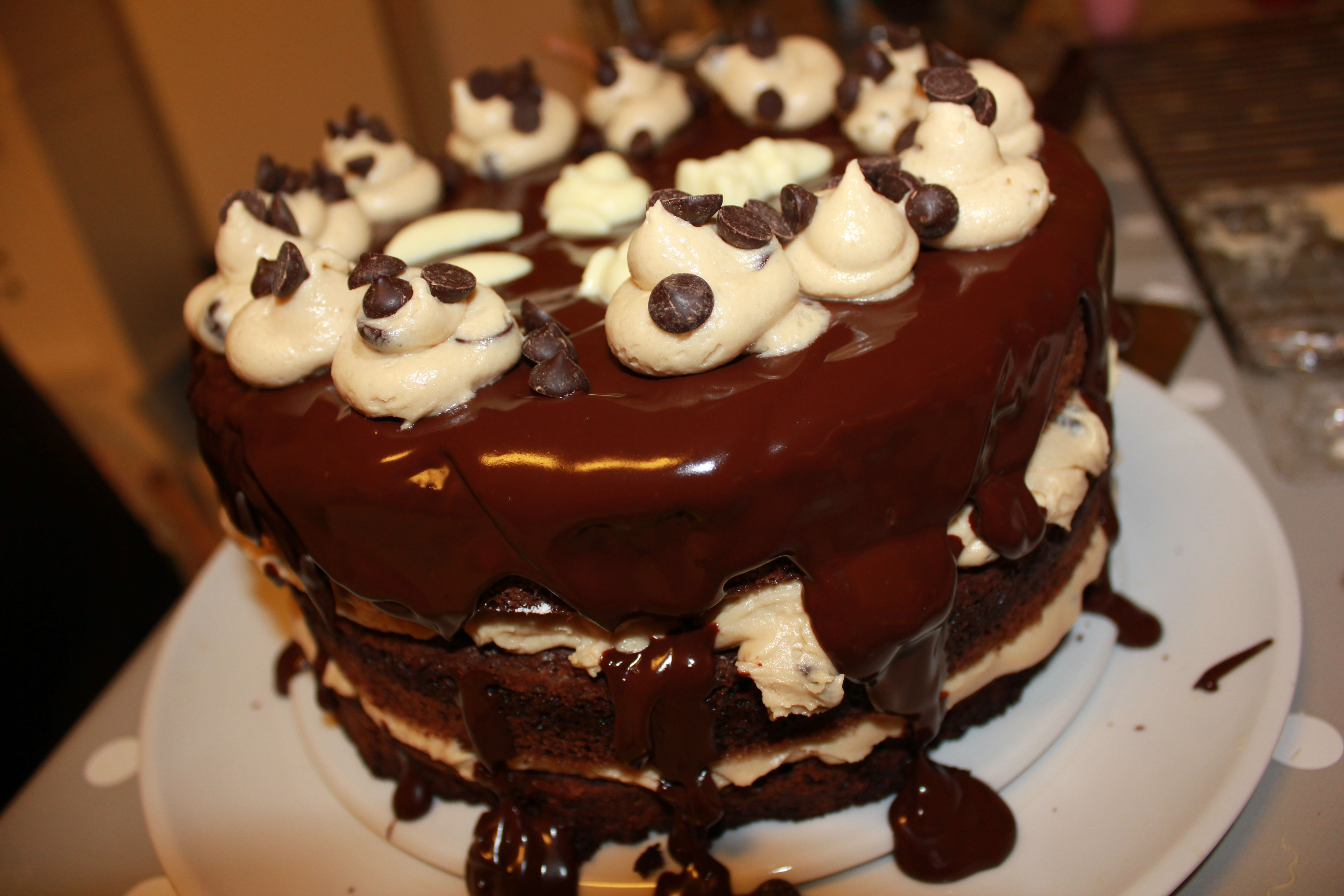 Brownie layer cake cookie dough frosting Kaker Cakes Pinterest