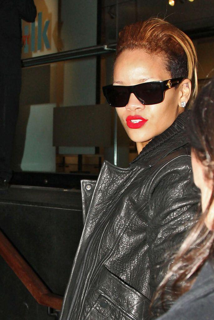 db6689400fa2 Rihanna Wayfarer Sunglasses