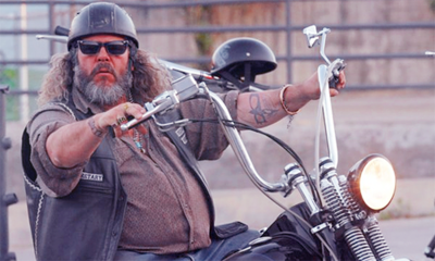 Mark Boone Jr Plays Bobby Elvis On Sons Of Anarchy Sons Of Anarchy Mark Boone Junior Anarchy
