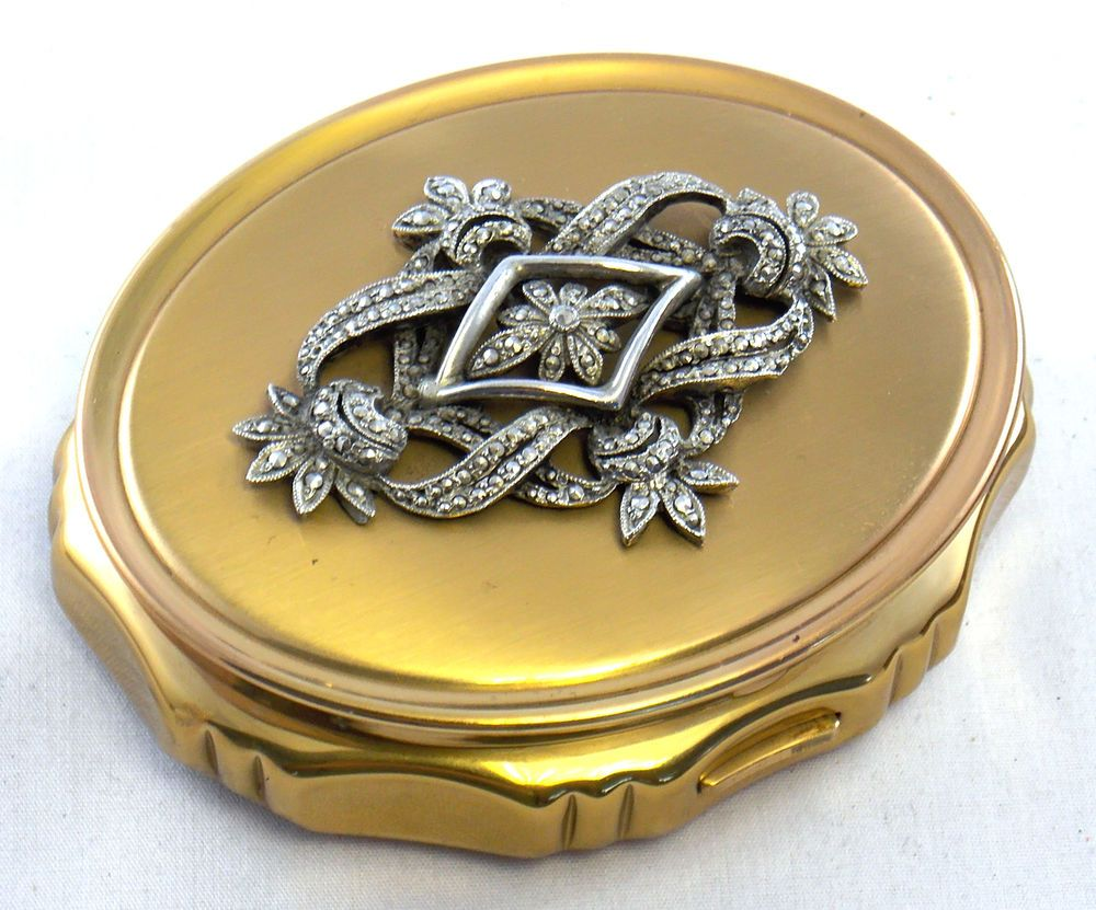 KIGU Concerto Gold Tone with Marcasite Musical Oval Powder Compact - SJ S86