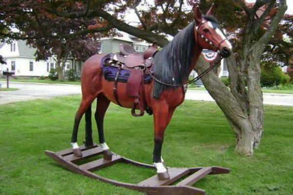 pferd aus holz schaukel f r erwachsene holz pferd. Black Bedroom Furniture Sets. Home Design Ideas