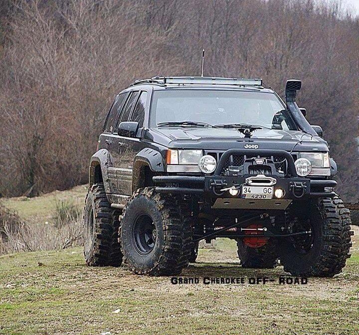 Great Looking Grand Cherokee!