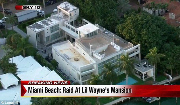 Get To Know Why Is Lil Wayne Miami Beach House Amazing Miami Beach House House Celebrity Houses