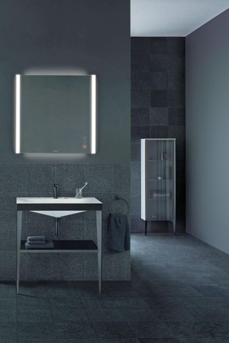 Bad Badezimmer Idee Bild Inspiration Foto Dunkles Bad Schwarzes Badezimmer Schwarze Wandfarbe Wand Waschbeckenuntersc Lighted Bathroom Mirror