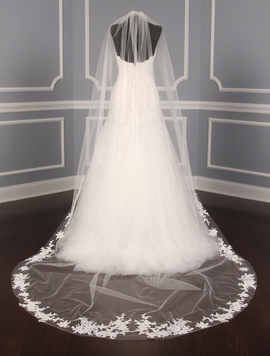 Designer Bridal Veils And Headpieces On Your Dream Dress