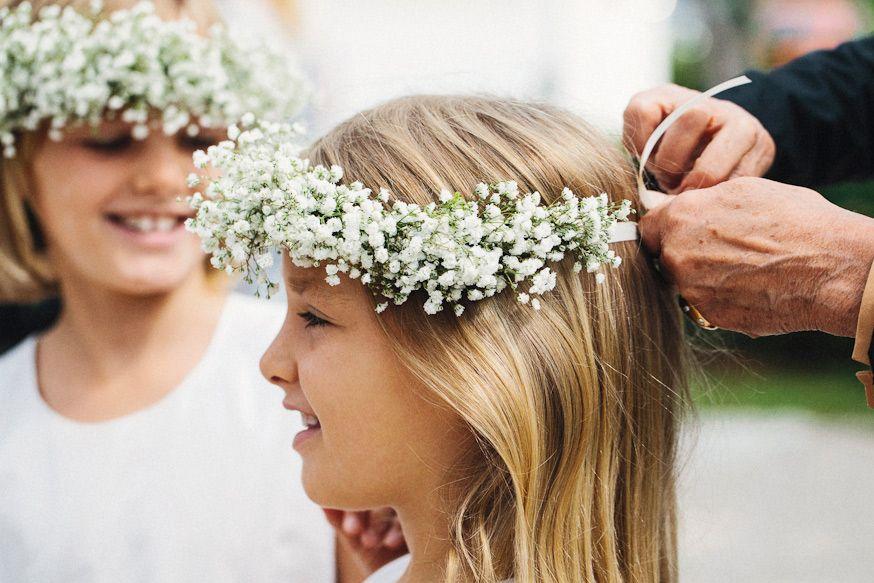 couronne de fleurs gypsophile petite fille d'honneur