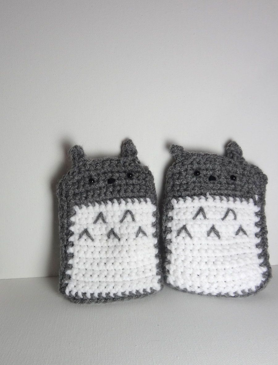 Totoro Fingerless Gloves by curiousnotion.deviantart.com | Geek ...