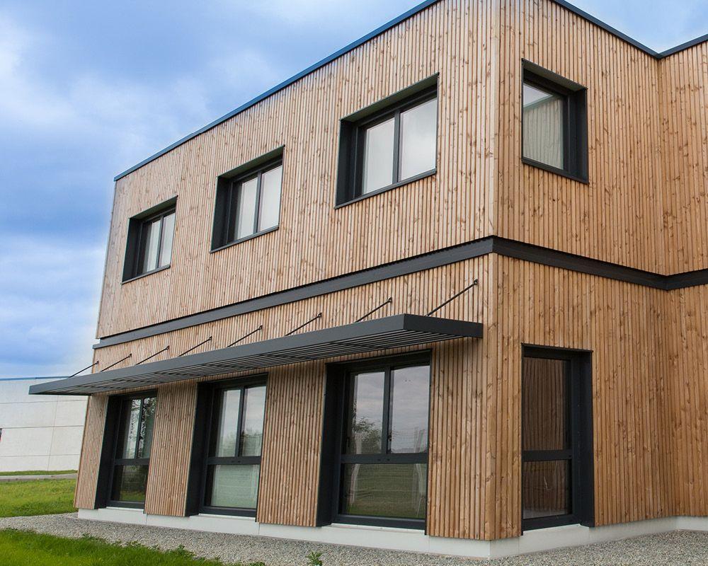 brise soleil fixe en aluminium bureaux colfimo loud ac 22 pose module cr ation lames. Black Bedroom Furniture Sets. Home Design Ideas