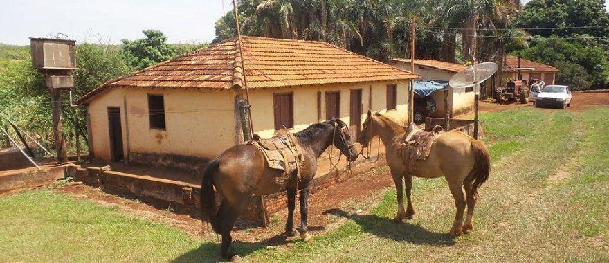 Pin Em Casas De Campo Simples Viver De Pernas Pro Mato Permissao