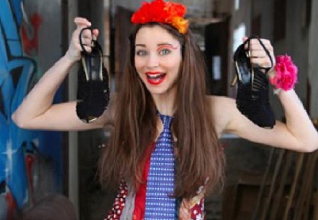 Aj oblečenie a šperky z použitých materiálov môžu byť krásne! Presvedčia vás o tom mladí dizajnéri aj renomovaní návrhári na špecifickej módnej prehliadke.     Na Fashion Show recyklovanej módy uvidíte modely vyrobené z použitého textilu a nepotre...