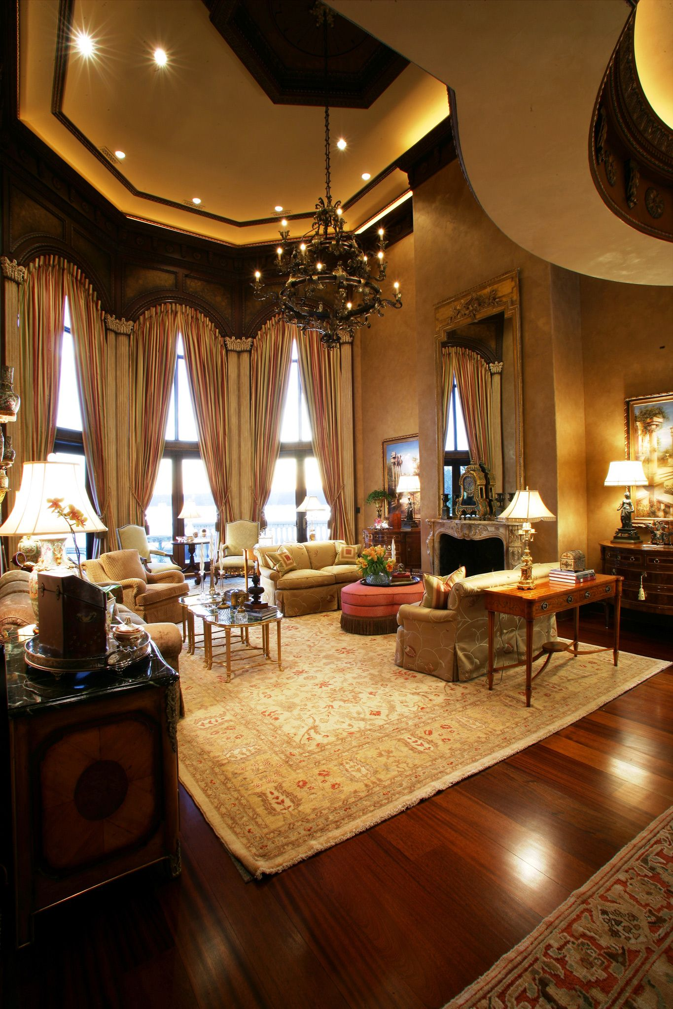 Fashioned Living Room Furniture: Dramatic Living Room; Multiple Floor Length Windows With