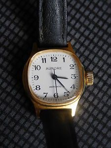 ancienne montre aurore quartz | eBay | Montre, Montre