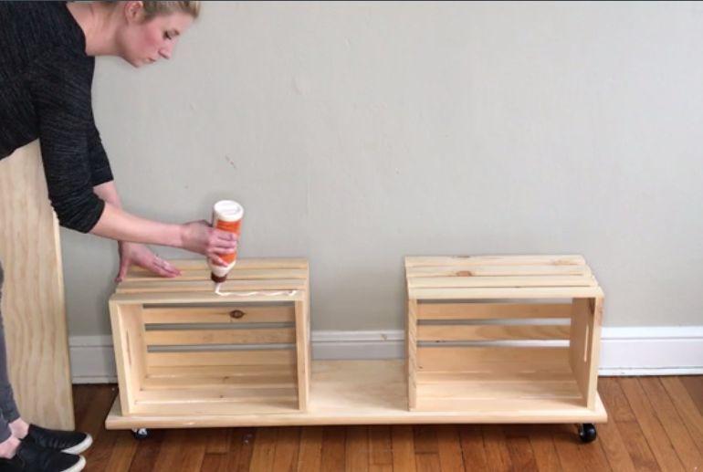 Easy crate diy bench on wheels in 2020 diy storage bench