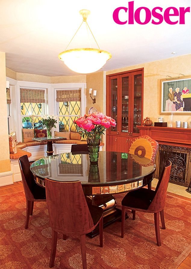 Inside Al Roker S Gorgeous Manhattan Brownstone Brownstone Brownstone Homes Big Kitchen