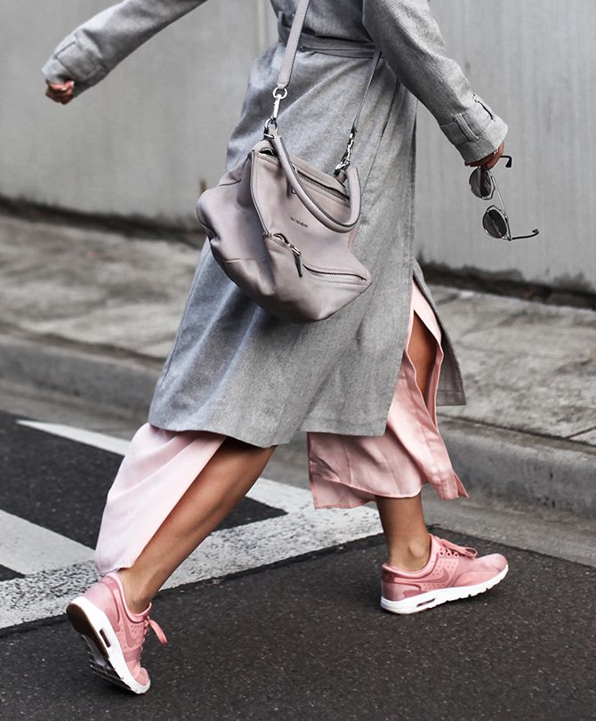 WHY BLUSH PINK SNEAKERS ARE THE SHADE