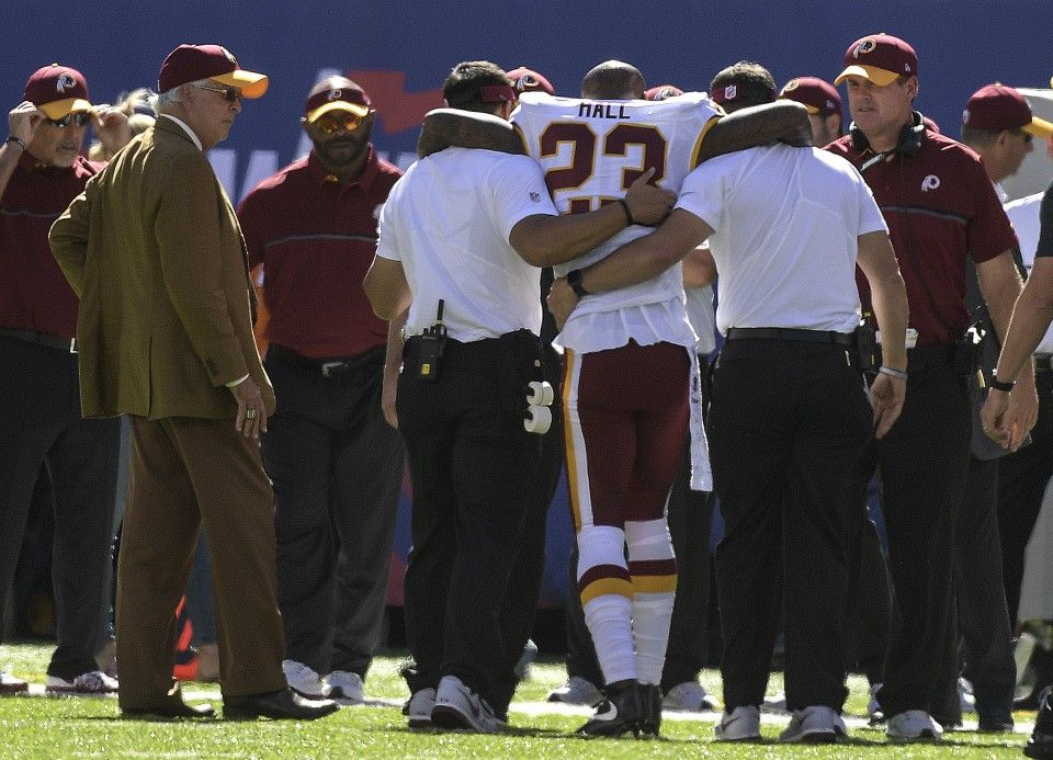 DeAngelo Hall out for the season with torn knee ligament, MRI exam reveals