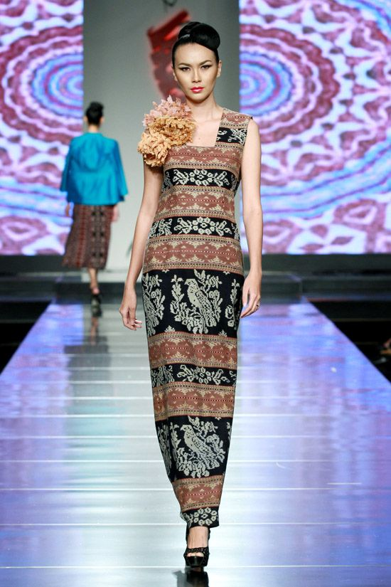 Stephanus Hamy design Indonesia. Ikat inspired dress.