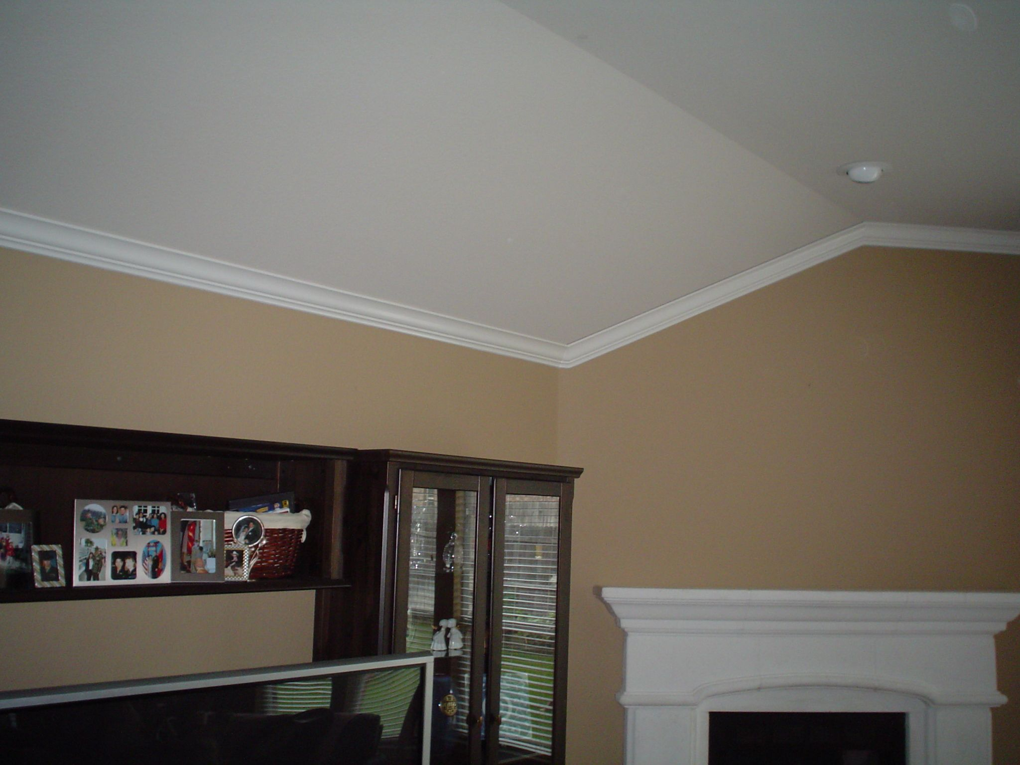 Crown molding for vaulted ceilings - 17 Best Images About Moldings Trim On Pinterest Grey Walls Vaulted Ceilings And Valance Ideas
