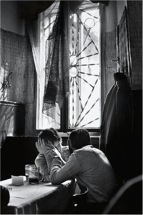 Couple, Prague, 1971. Charles Harbutt.