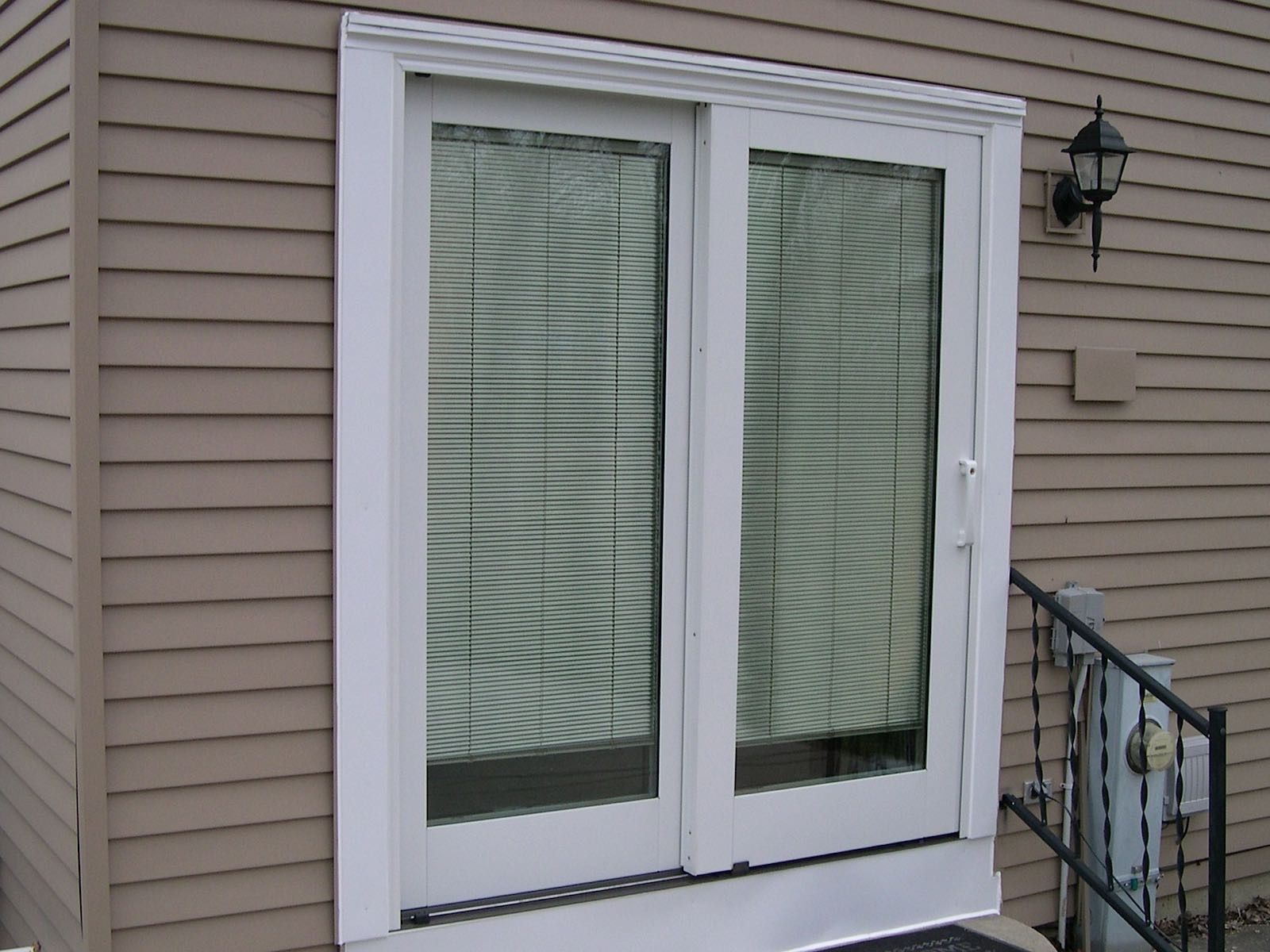 Pella Sliding Patio Door With Blinds Between Gl A Allows You The Choice Of Comfortably Relaxing Outside While En