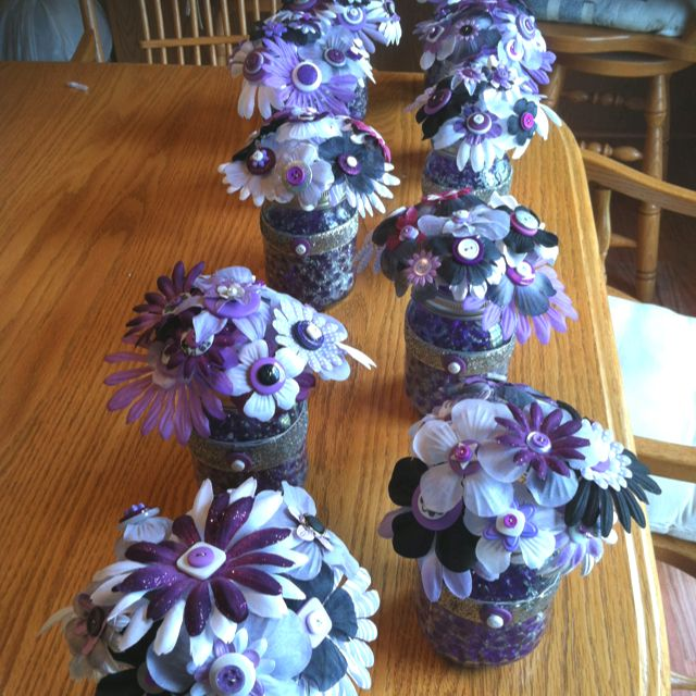 These cute and inexpensive bridal shower centerpieces were