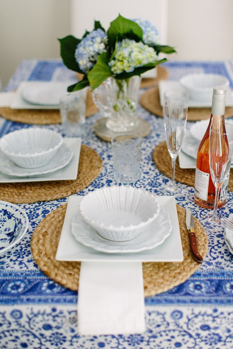 Setting A Table Beautiful Place Settings Stylish Kitchen Accessories Pretty Plates And Bowls Italian Dinnerware Made In Italy