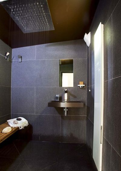 4 pi ces en enfilade pour une salle de bains spa design spa and bath. Black Bedroom Furniture Sets. Home Design Ideas