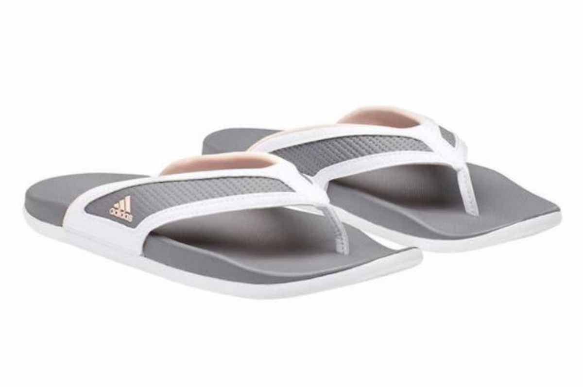7eb98290148f3e Adidas Womens Adilette Comfort Summer Flip Flop Sandals (Grey