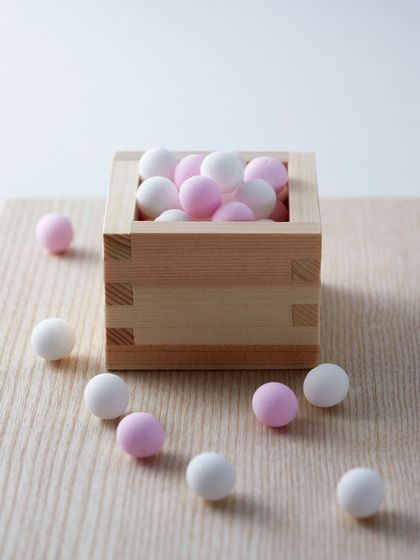 Handcrafted Sugar Orbs by Chambre de Sucre